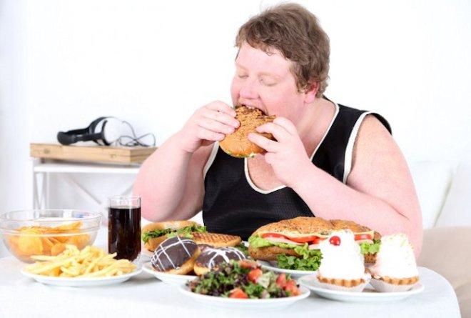 нарушением режима питания